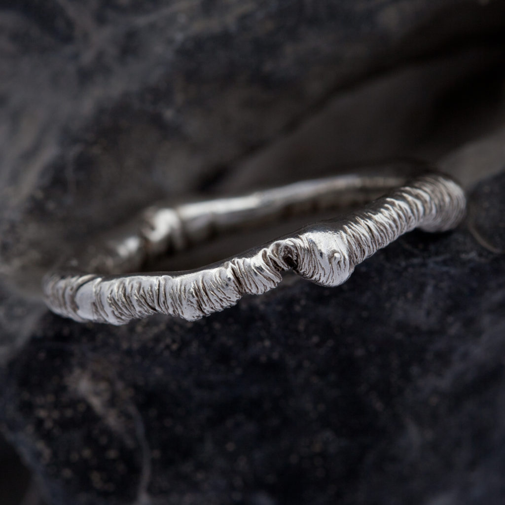 Rippled texture ring 1